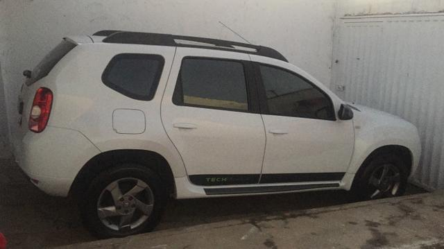 Renault Duster tech road 2015