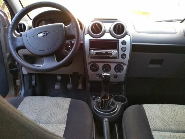 Fiesta Sedan 1.6 Completo 2008 - Foto 2