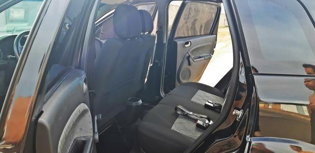 Fiesta 1.6 Class Hatch 2012/2013 - Foto 11