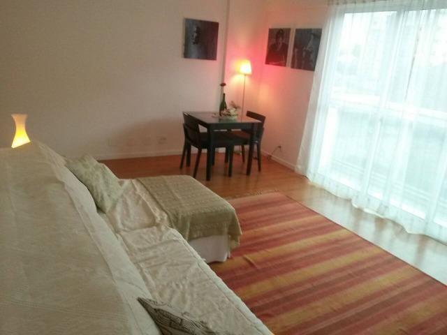 Excelente quarto e sala, mobiliado, próximo a faculdade - Foto 2