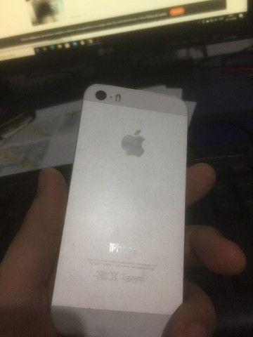 Vendo Iphone 5s 16GB - Tela e bateria nova - Pra vender rapido! - Foto 4