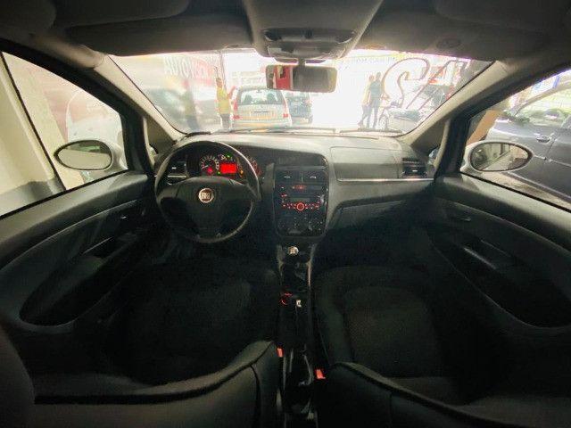 Fiat Linea Essence 1.8 2012 - Foto 6