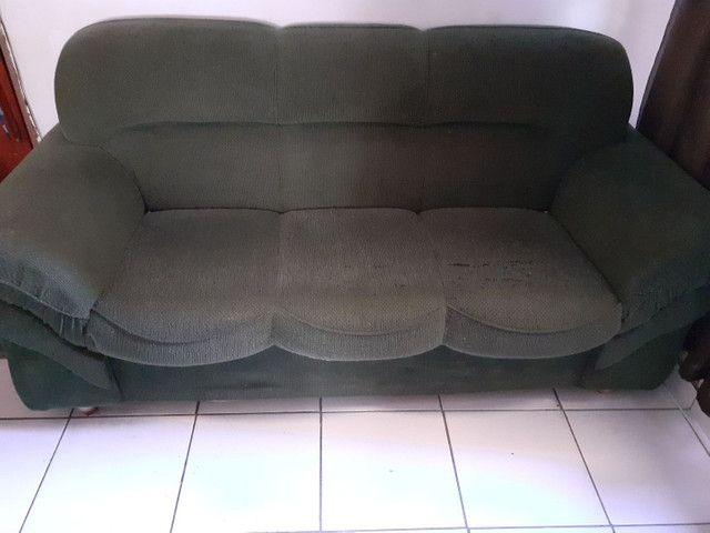 Jogo de sofá 2 e 3 lugares, na cor verde