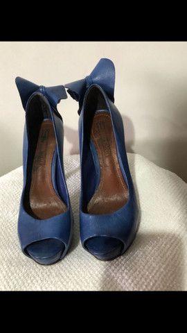 Sapato azul Schutz tamanho 34 - Foto 2