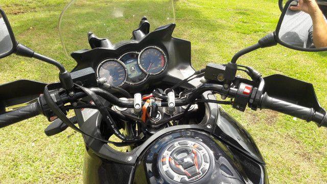 Vstrom 1000 DL e carreta para 2 motos - Foto 4