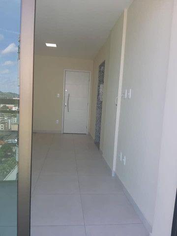 A RC+Imóveis aluga apartamento com vista privilegiada no Centro de Três Rios-RJ - Foto 3