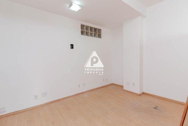 Sala 60,00 Centro para aluguel - Foto 18