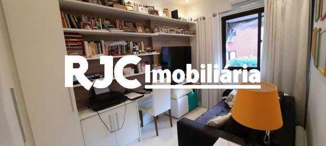 Apartamento à venda com 3 dormitórios em Pechincha, Rio de janeiro cod:MBAP33567 - Foto 12