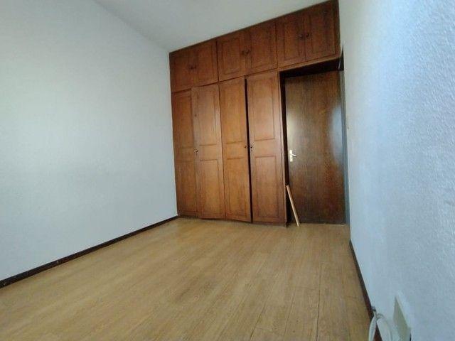 RM Imóveis vende apartamento 3 quartos com dois banhos no coração do Caiçara! - Foto 6