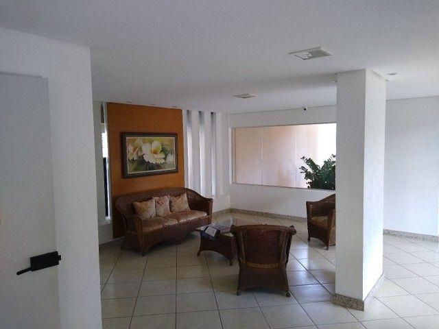 Apartamento 2 quartos, montado em armários, prox a praça universitária, financia - Foto 2