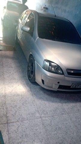 Vendo Corsa Hatch completão - Foto 2