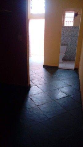 Alugo barracão  juatuba bairro nova 1      450,00