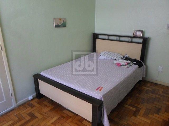 Engenho Novo - Rua Barão do Bom Retiro - Excelente casa - vaga para 3 carros - JBCH62403 - Foto 6
