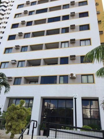 Apartamento de 2 quartos em Lagoa Nova com móveis planejados