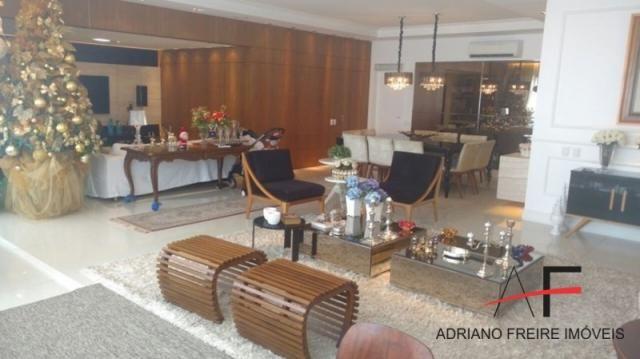 Excelente apartamento, mobiliado, com 3 suítes, na Rua Ana Bilhar