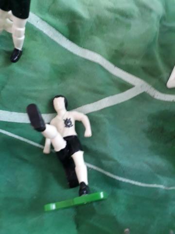13df58c62d Futebol gouliever réplicas de jogadores que tem diversos formatos de pé  diferentes - Foto 3