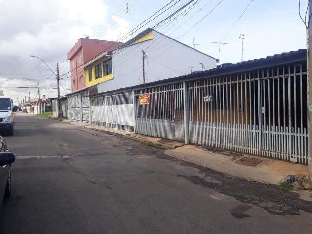 Vd casa 2 quartos, com casa de fundos de 1 quarto, R$ 210 mil aceito financiamento