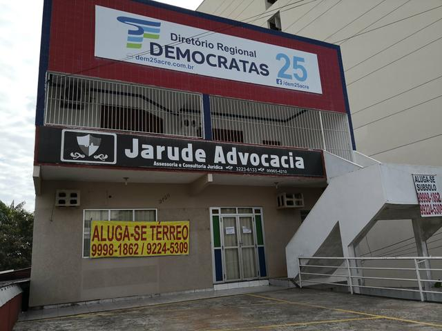 Ponto comercial na avenida Ceará ao lado do hotel Gran Lumni