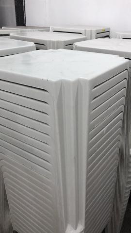 Aproveite nova mesa de plastica quadrada cor branca