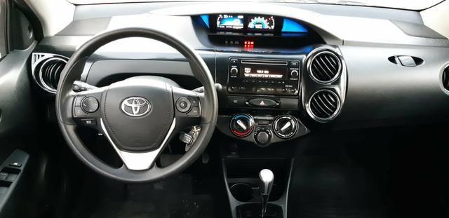 Toyota Etios X Plus 1.5 sedan - Foto 16