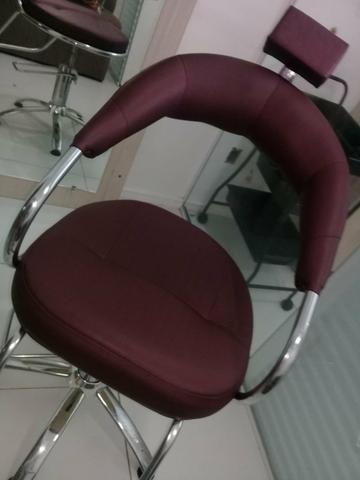 Cadeira de cabeleireiro / maquiagem