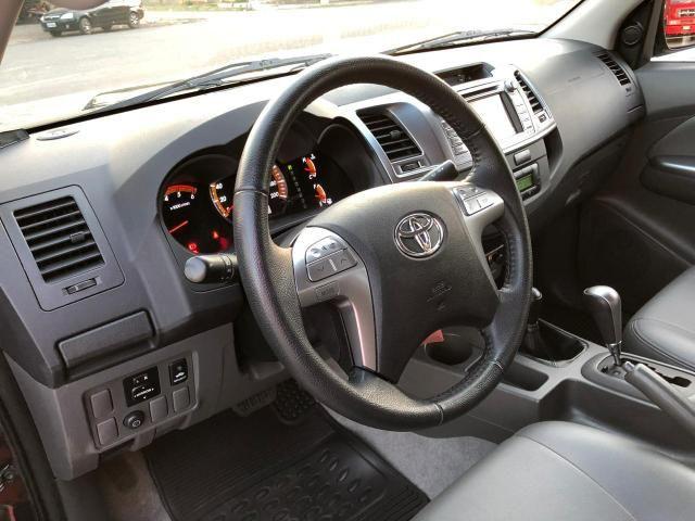 Toyota hilux srv ano 2015 top - Foto 18