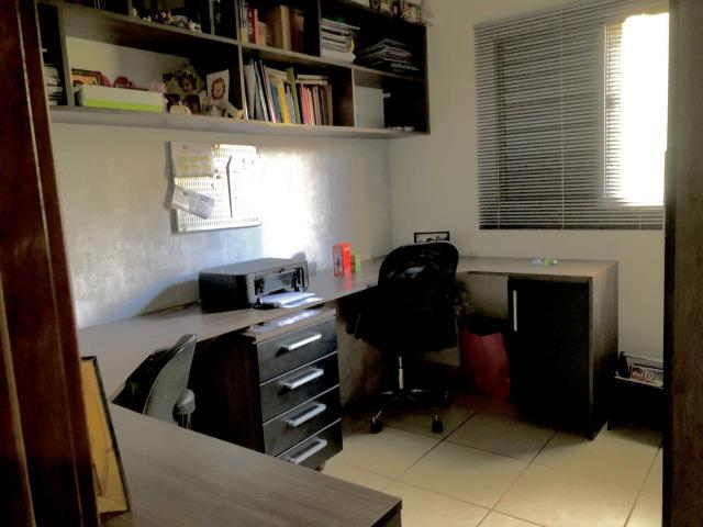 Vendo Sobrado com 3 quartos no Condomínio May Flower - Bairro Goiabeiras em Cuiabá - Foto 5