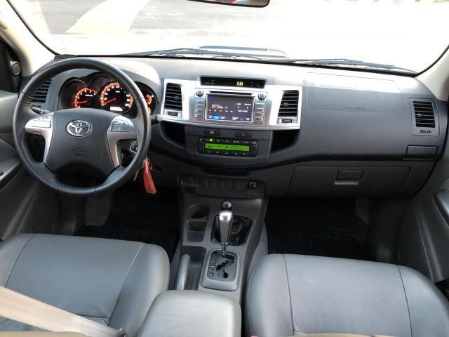 Toyota hilux srv ano 2015 top - Foto 14