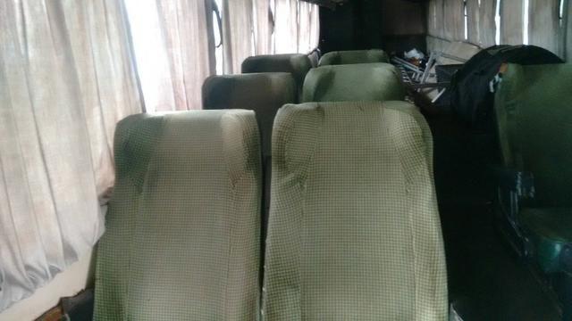 Ônibus Vendo ou Troco Por Carro R$ 25.000,00 - Foto 9