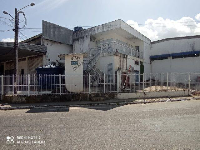 Galpão em Olinda com 600m² - R$ 8.000,00