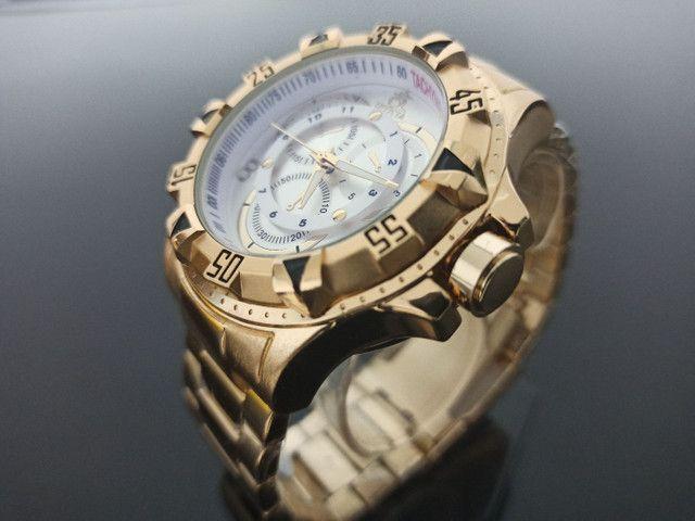 Relógio de pulso masculino invicta excursion dourado - Foto 2