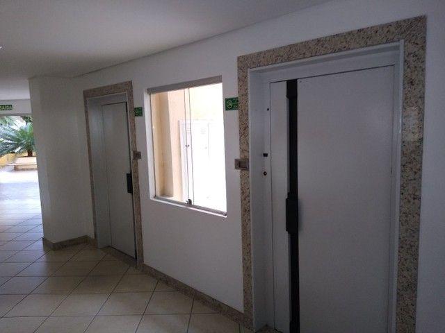 Apartamento 2 quartos, montado em armários, prox a praça universitária, financia - Foto 11
