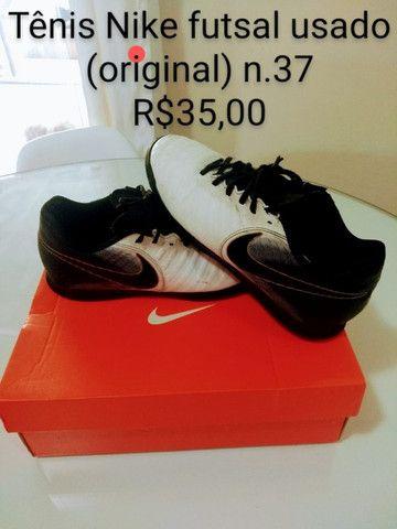 Tenis Nike futsal (original) tam. 37  R$ 35,00