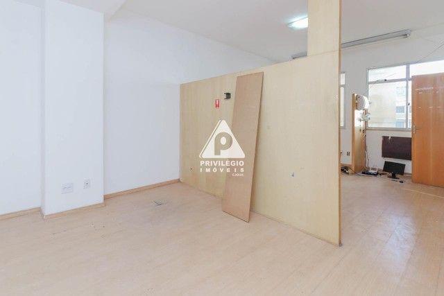 Sala 60,00 Centro para aluguel - Foto 17