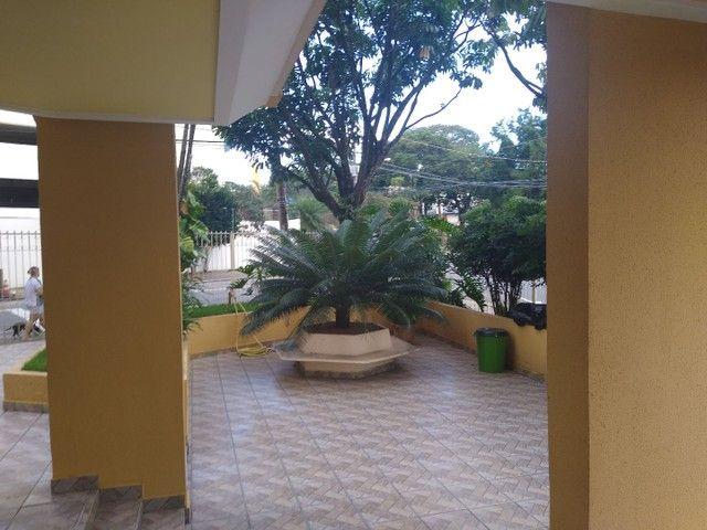 Apartamento 2 quartos, montado em armários, prox a praça universitária, financia - Foto 9