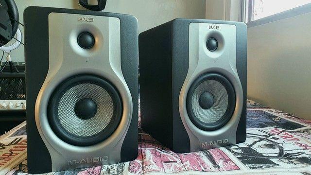 monitores de áudio bx5