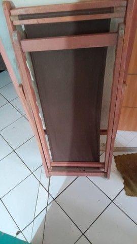 cadeira de madeira  - Foto 2