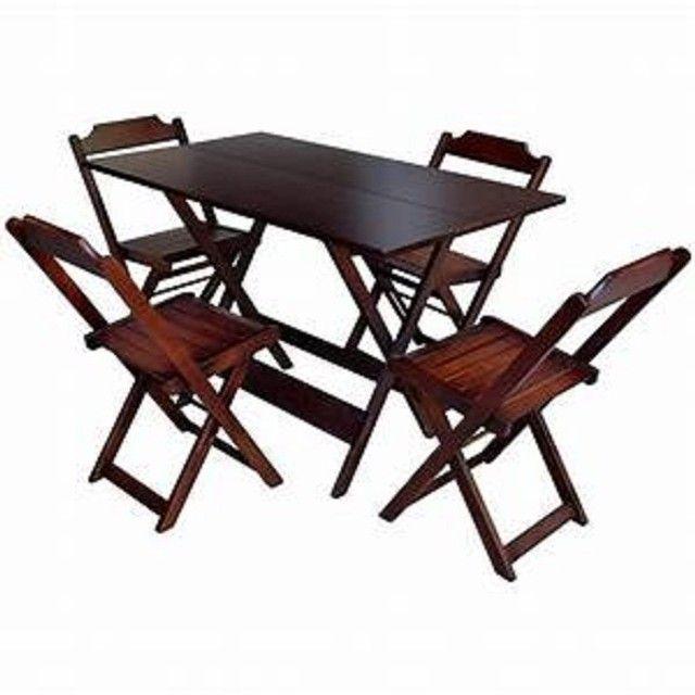 Jogo de mesa com 2 ou com 4 cadeiras dobráveis - direto da fábrica - Foto 3