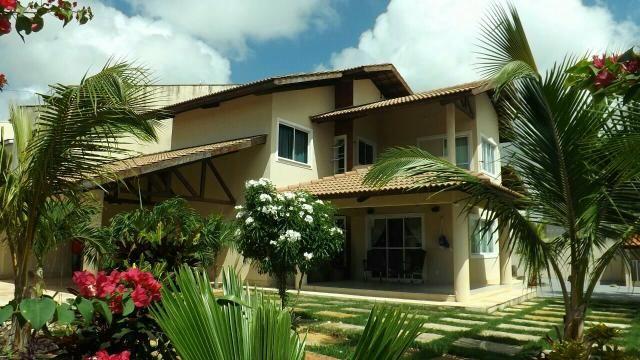 Linda casa no Eusébio próximo ao Beach park