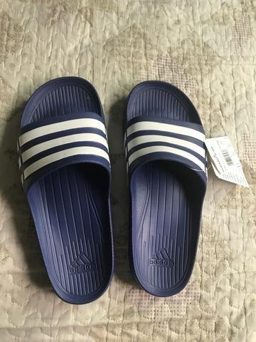 850bbd2130 Chinelo Adidas Duramo slide original Novo - Roupas e calçados ...
