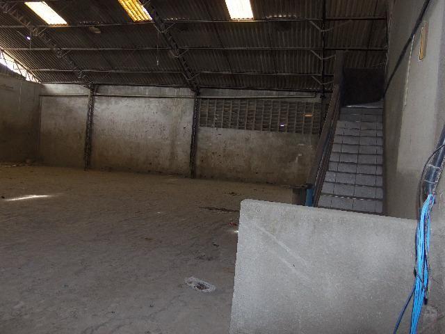 Vendo Galpão no Montese, Medindo 19 x 40, na Av. Gomes de matos - Foto 20
