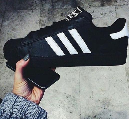 Tênis Adidas Super Star R$89,90 - Foto 6