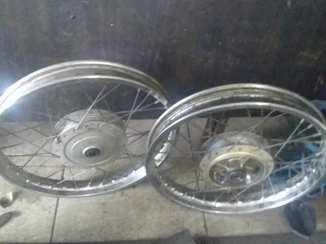 Roda da Titan 150 originais