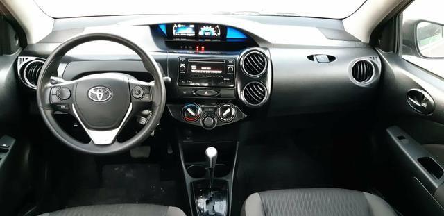 Toyota Etios X Plus 1.5 sedan - Foto 15
