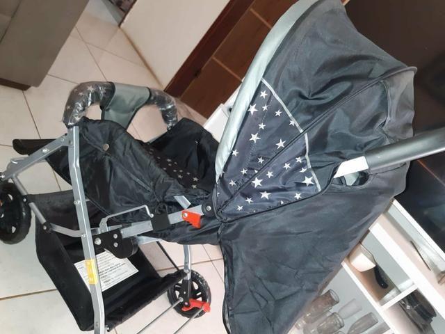 Vendo um carrinho de bebê, nunca foi usada.