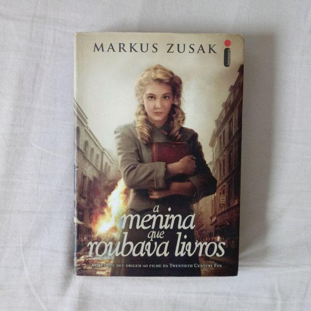 Livro - A menina que roubava livros