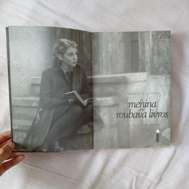 Livro - A menina que roubava livros - Foto 5
