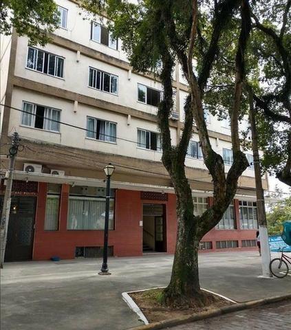 Oportunidade de Apartamento para locação no Ed. Izaac Politi, Centro!