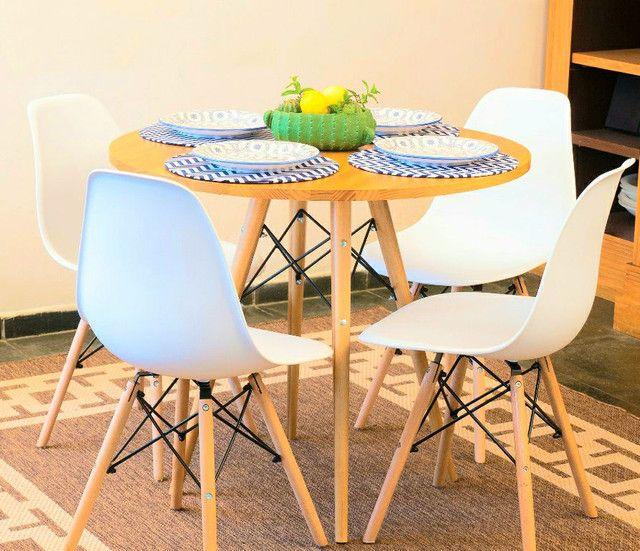 PROMOÇÃO!!Conjunto de mesa tampo em madeira maciça!