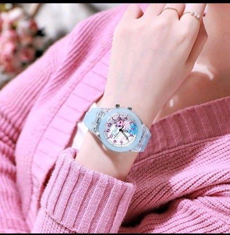 Relógio Analógico Princesas: Frozen, Sofia - Foto 2